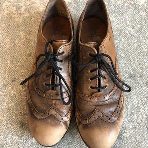 Born brown shoes. Size 7.5.
